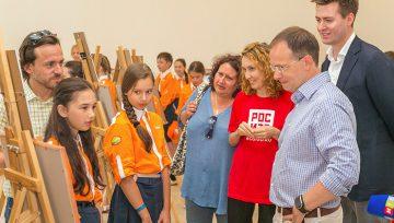 Владимир Мединский вручил дипломы победителям акции «Моя картина» от «РОСИЗО»